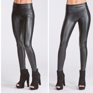Faux leather matte black leggings